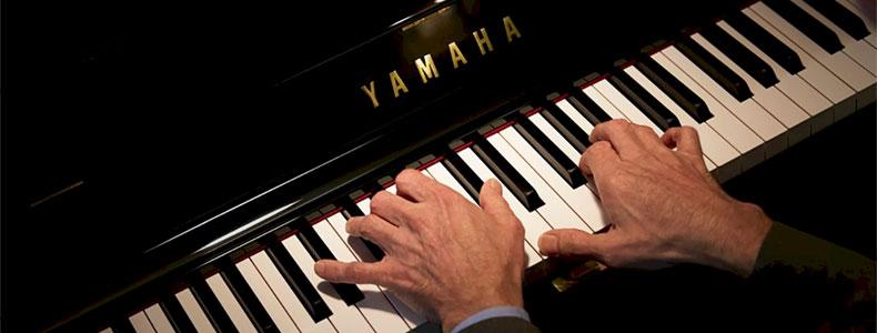 39cbdd6d7d31 Køb og salg af nye og renoverede klaverer og flygler